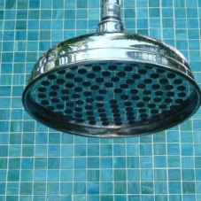5084758f64cfa3511d92498d436933fb-into-the-blue-outdoor-showers